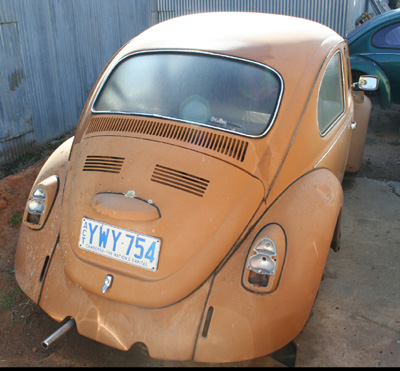 01/70 Beetle in sad condition